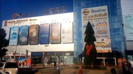实拍老挝首都规模最大的购物商场, 看看老挝发展得怎么样?
