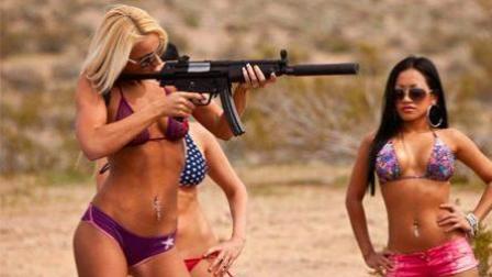 """""""不雅照片""""还有""""丑闻"""" 美国女兵的开放惹怒网友"""
