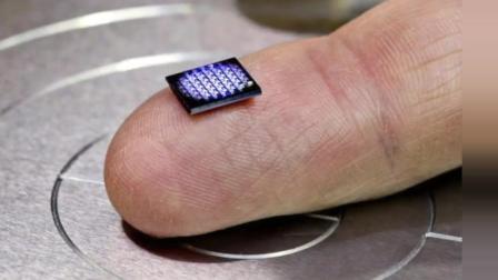 IBM推出世界最小电脑