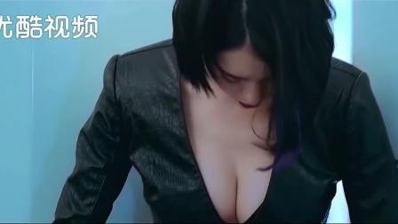 女人心不嫩台歹毒,否则胸会瘪的,不过看这胸也不瘪啊!