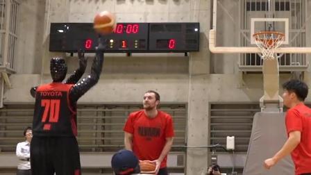 日本人造出百发百中的篮球机器人, 会去打NBA吗?