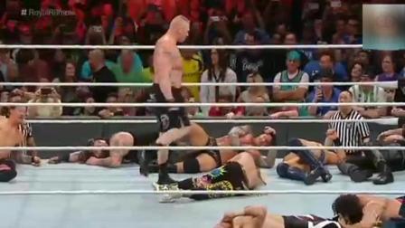 野兽大布有多猛? WWE皇家大战上面一人单挑十位明星选手!