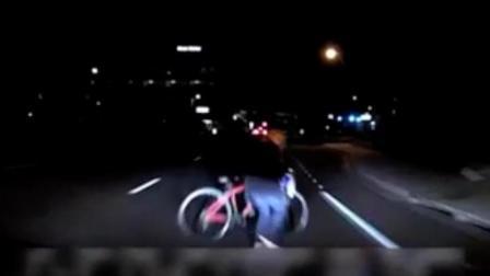 优步(Uber)自动驾驶汽车撞死行人监控视频曝光