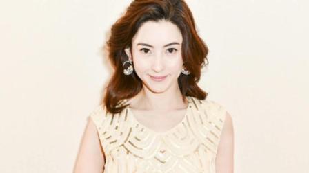 张柏芝新出美照片 薄纱裙秀性感锁骨 女人味十足