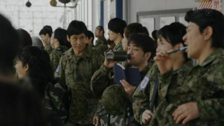 当参军成了朝九晚五的职业, 你会去参加吗?