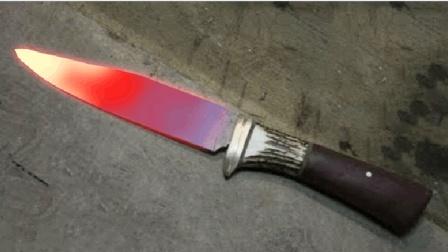 国外顶级刀匠匕首锻造过程, 叠铁15层后的杰作, 简直帅呆了!