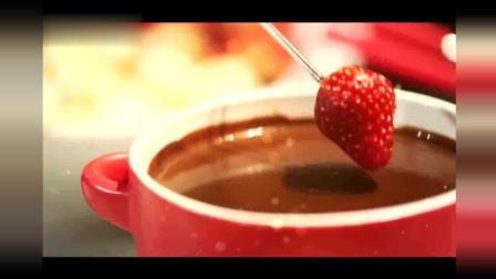 汪涵都要流口水了! 如果巧克力火锅配天鹅泡芙, 真的不要太美味