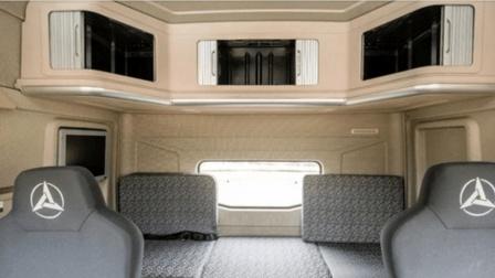 """国产卡车""""移动房车""""! 1.2米大床, 冰箱微波炉带餐桌, 17寸电视"""