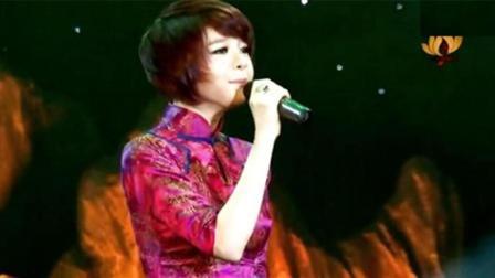 越南歌手张璇翻唱 风中有朵雨做的云