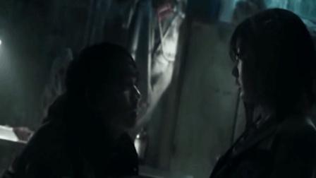 一部韩国重口味恐怖电影, 变态男将落单少女拖进下水道