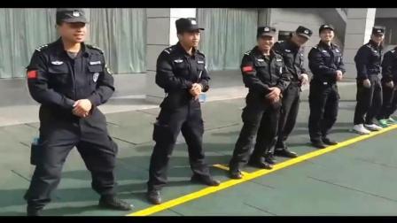 特警军事拔枪训练, 看到最后反正我是笑了, 真的帅!