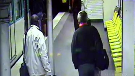 年轻小伙喝醉酒, 在地铁站等车, 监控突然拍到这个画面!