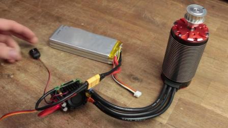 这样充电锂电池只需30秒就会炸裂, 吓得我以后再不敢过充!