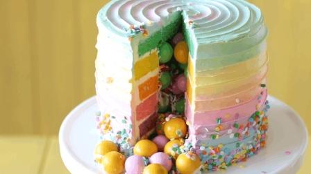 高颜值的彩虹糖果蛋糕, 充满惊喜的蛋糕看一下!