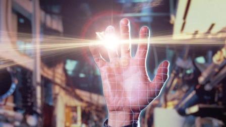 黑客惹怒电脑程序, 被它用激光扫入电子世界, 速看1982年科幻电影《电子世界争霸战》