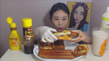 韩国大胃王卡妹ASMR吃香肠吐司