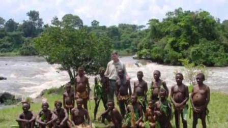 非洲唯一袖珍部落, 成年人才1.4米, 8岁开始生孩子!
