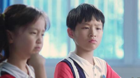 小雨老师: 熊孩子集体吐槽妈妈偷吃零食, 这是什么逻辑?