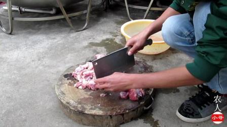 农人小哥: 猪蹄这样吃才过瘾, 不加一滴水, 一出锅看饿了!