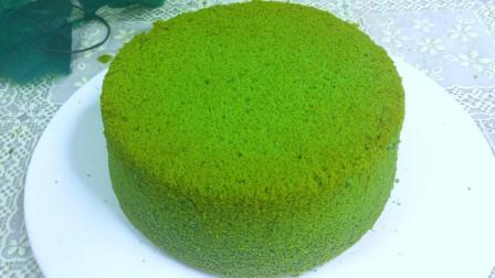 零基础也能做出完美的抹茶戚风蛋糕蛋糕。