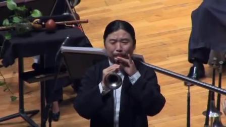 中国艺人在国外唢呐演奏《百鸟朝凤》台下老外如痴如醉, 掌声雷动