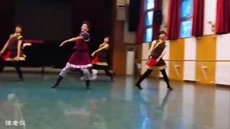 中央民族大学藏族舞蹈, 看完还想看, 就喜欢这样的民族舞!