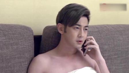 男子替女子接了个电话 才知自己有多傻