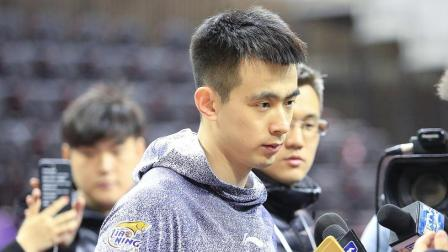 篮球界的爱因斯坦! 这球充分的体现了辽宁队后卫赵继伟的超高球商
