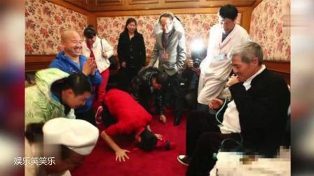 赵本山势力有多大, 当众扇冯小刚巴掌, 让徒弟们下跪!