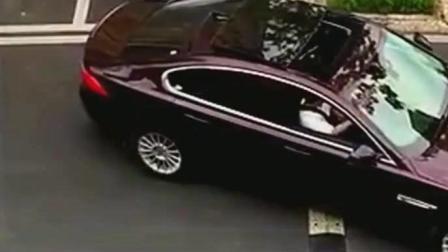 老司机从不轻易传人的倒车技巧, 看完将一生获益!