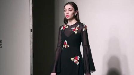 2018春装新款欧美气质微透喇叭袖撞色贴花连衣裙长款吊带裙套装