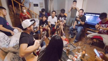 郝浩涵和吉他学员们激情弹唱: 川子-今生缘