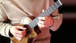 天空之城尤克里里指弹 张紫宇uku魔术师全单尤克里里 靠谱吉他