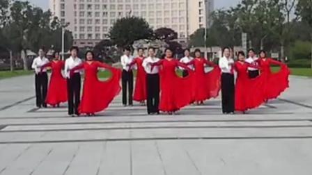 广场交谊舞 中三《红粉雨》
