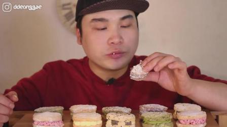 韩国大胃王胖哥吃不同口味的甜点马卡龙