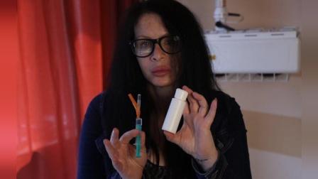 疯狂! 德国女演员为了更年轻, 竟注射了一个350万岁的细菌!