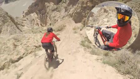 :自行车敢死队骑车下山 39岁男子重跑阿甘路线