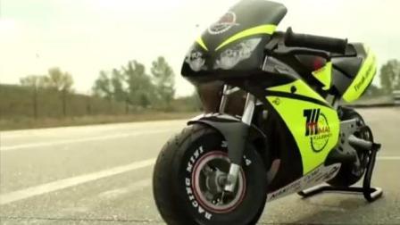 万万没想到4岁的小孩, 居然是世界上最小的摩托车手, 要逆天了~~~