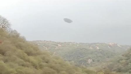 驴友疑似在深山上用专业摄像机 拍摄到的UFO起飞画面?
