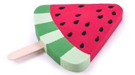 冰淇淋棒做法 动力沙玛莎脸蛋糕 颜色太空沙彩虹俄罗斯方块游戏玩 手工DIY 惊喜玩具