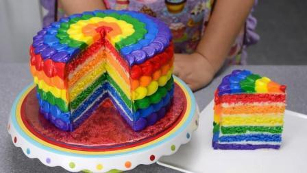 我的神! 这就是传说中的彩虹蛋糕? 切下去那一刀太舒服了!
