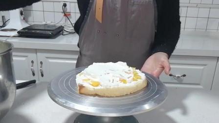 榴莲蛋糕制作(十): 再添加一层奶油面