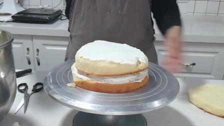 榴莲蛋糕制作(十二): 进行奶油抹面