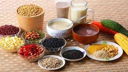 专家提示: 日常饮食低脂低糖又少盐, 一定帮您远离这种病!