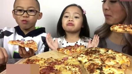 泰国吃货微笑妹, 一家人吃夏威夷鸡肉培根比萨, 温馨可爱的一家小吃货