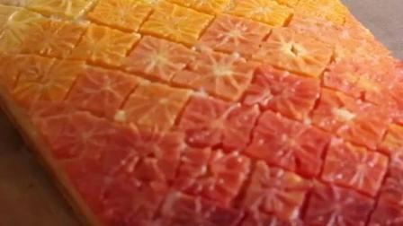 用黄橙和血橙一起搭配做出蛋糕!