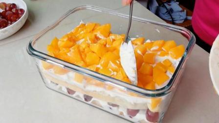 水果奶油夹心蛋糕最详细的家常做法, 农村大妈五分钟教会你, 省钱又好吃, 20元够五口人吃