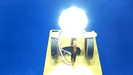 牛人仅用3块磁铁就能将LED灯点亮, 这是什么原理?
