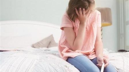 16岁女儿怀孕2个月, 知道孩子的爸爸是谁后, 妈妈难以置信