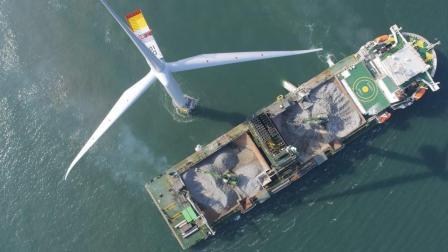 为什么海上石油钻井平台能抗大风大浪? 看之前打的地基就知道了!